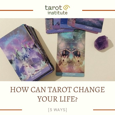 How Can Tarot Change Your Life featured